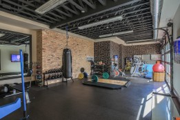 Wall-Art-Garage-Gym-Ideas